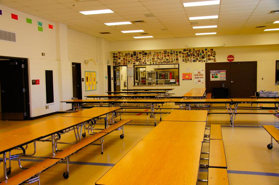 A school cafeteria. (File Photo/ Mia & Steve mestdagh/ Flickr)