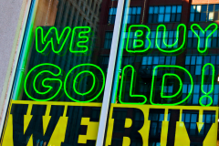A sign outside a secondhand gold dealer. (Seth Anderson/Flickr)