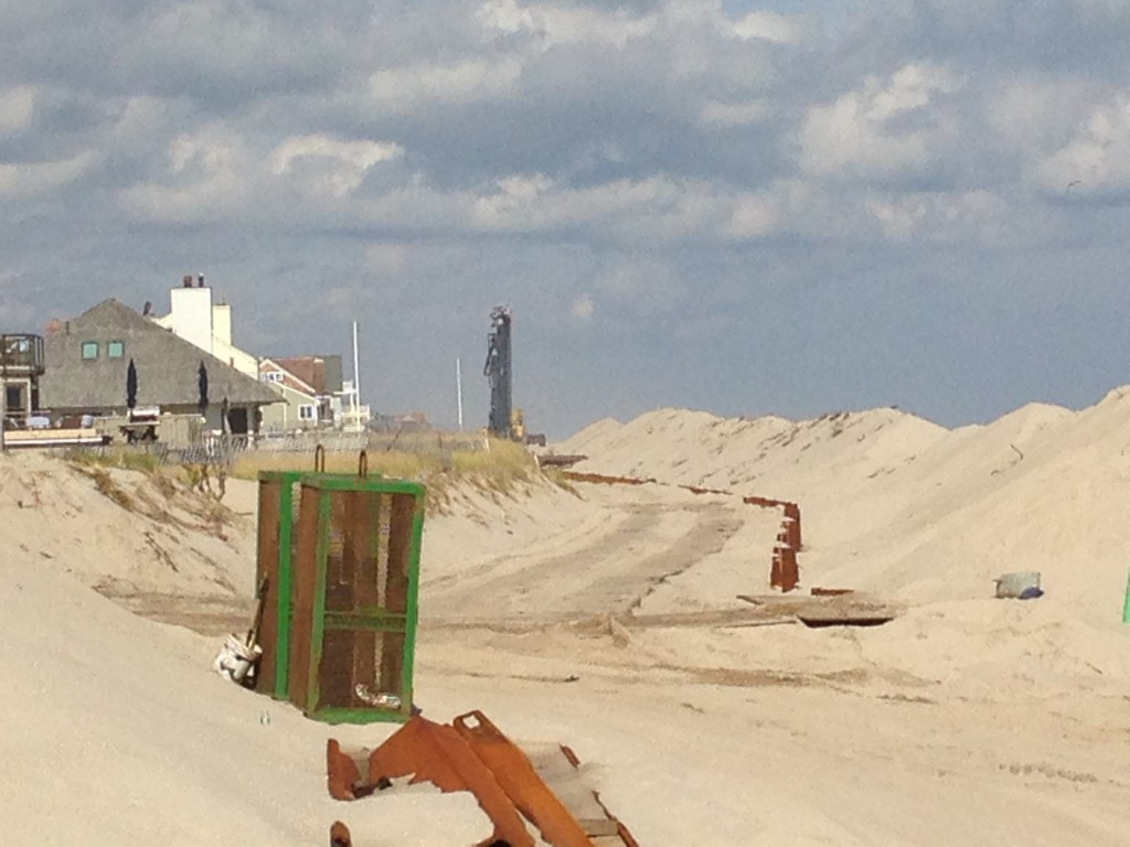 A crew works on the sheet pile project north of Brick Beach III. (Photo: Daniel Nee)
