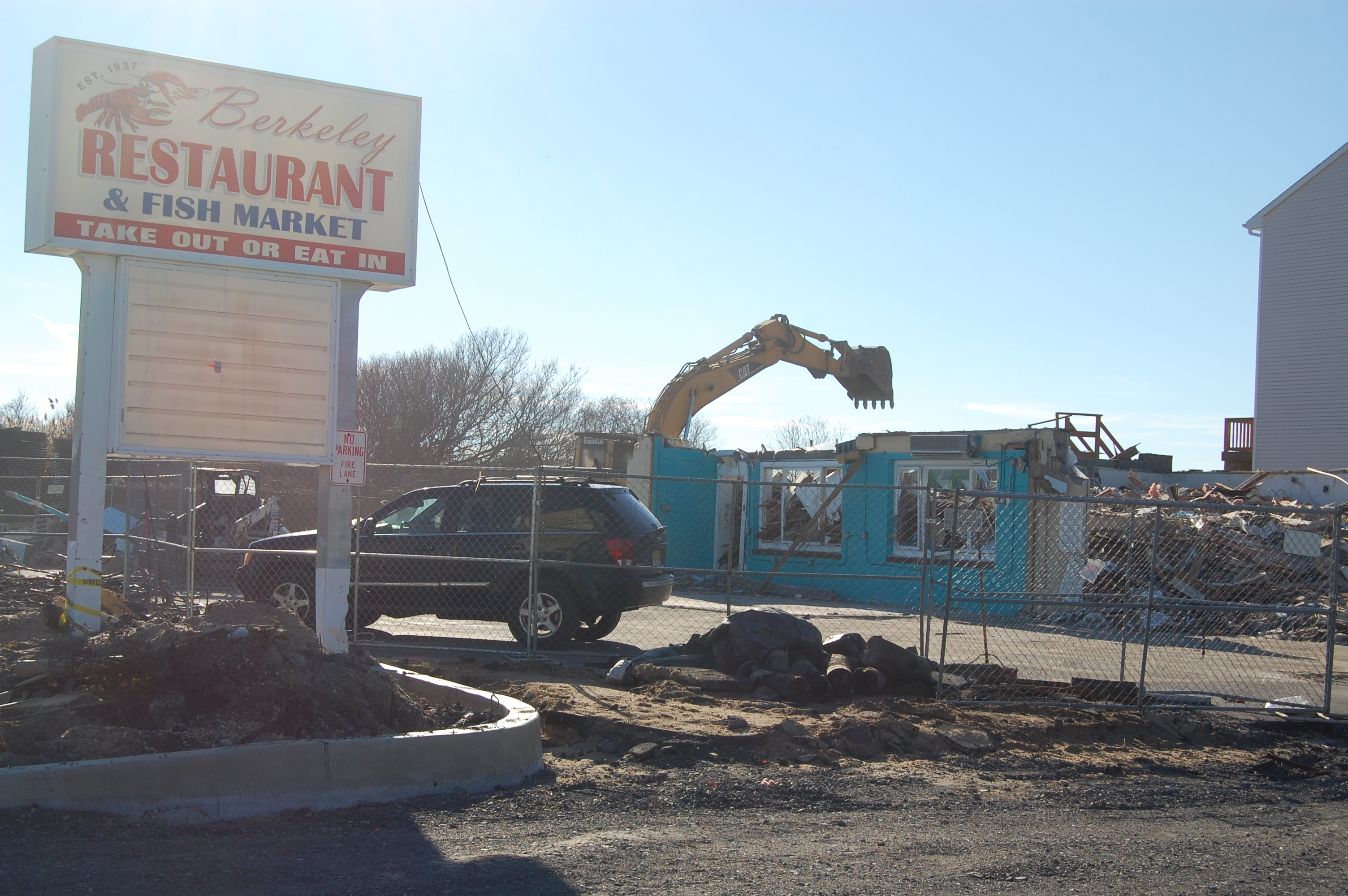 Demolition at the Berkeley Restaurant and Seafood Market, South Seaside Park. (Photo: Daniel Nee)