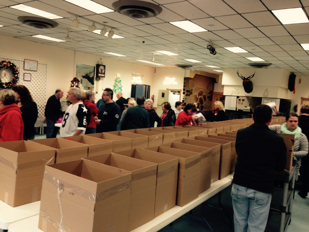 Brick Elks Lodge 2151 donates food, toys to local needy families for Christmas. (Photo: Brick Elks)