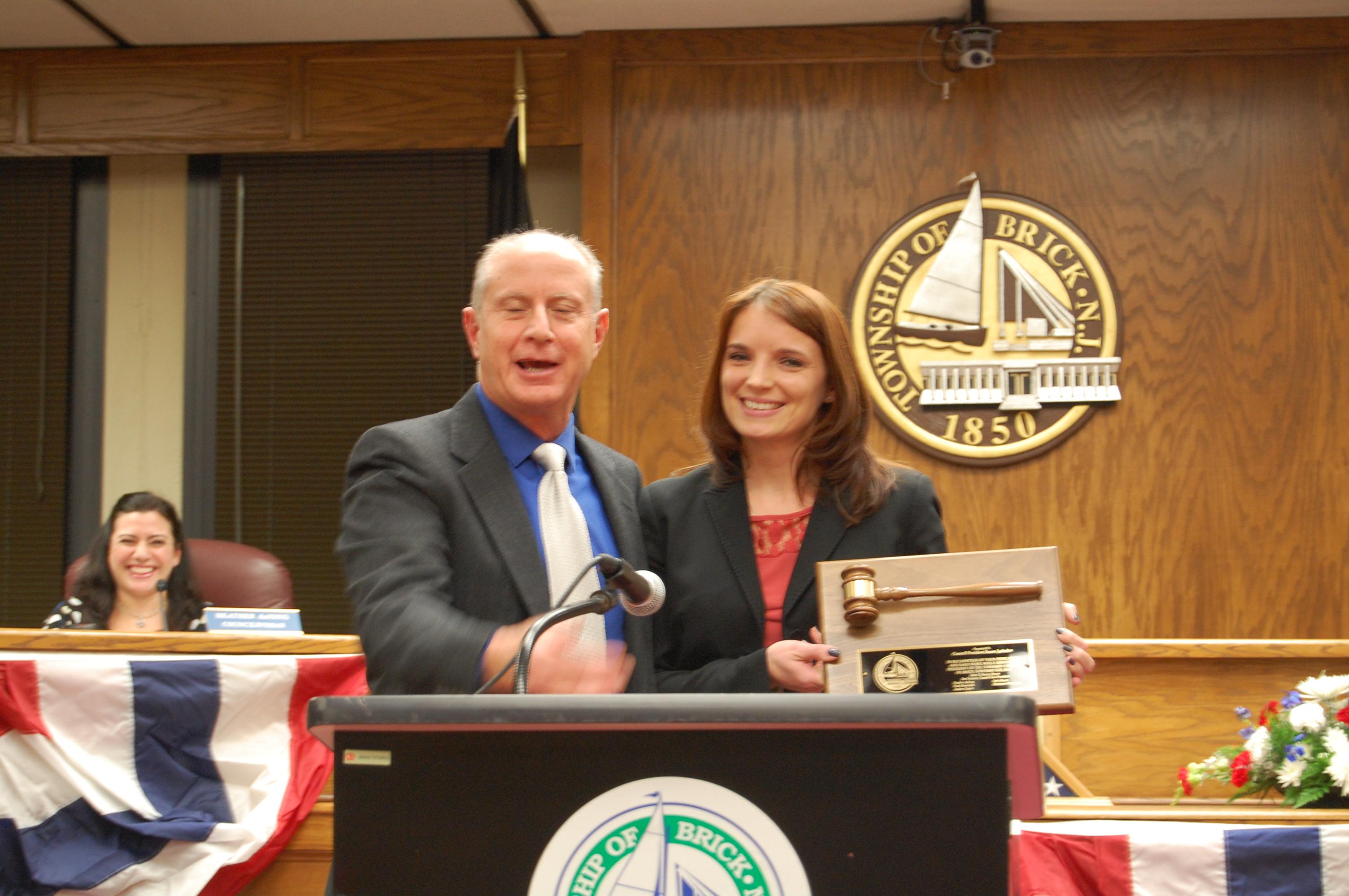 New council president Paul Mummolo thanks his predecessor, Susan Lydecker. (Photo: Daniel Nee)