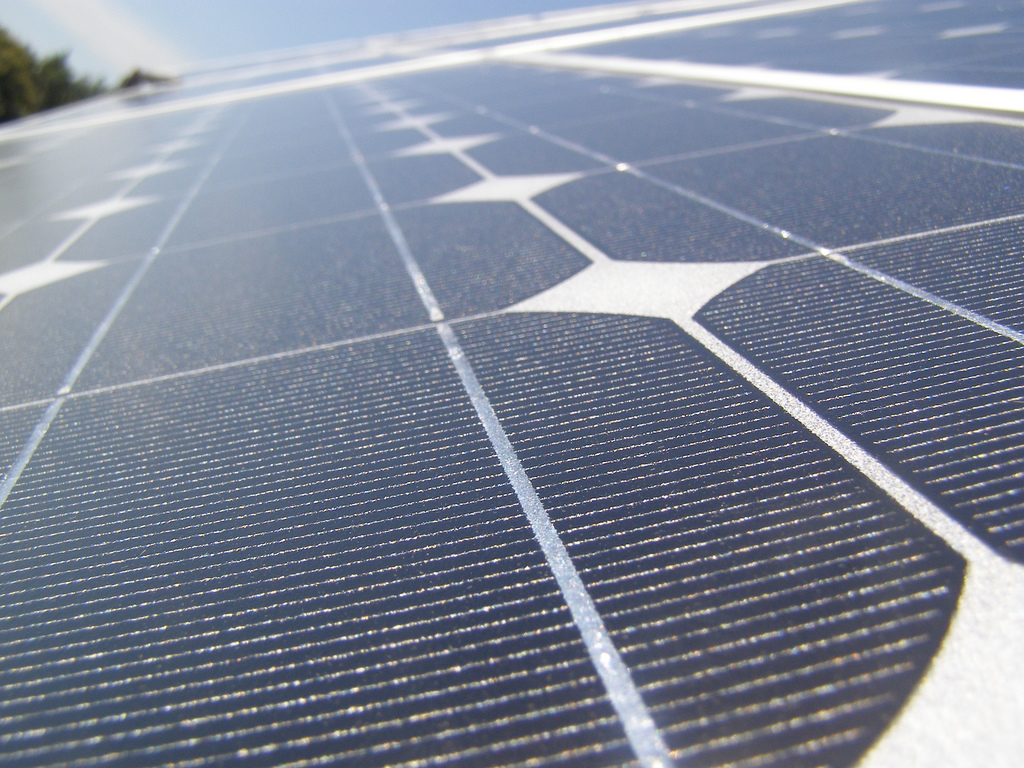 Solar panels. (Credit: (ノ◕ヮ◕)ノ*:・゚✧/Flickr/File Photo)