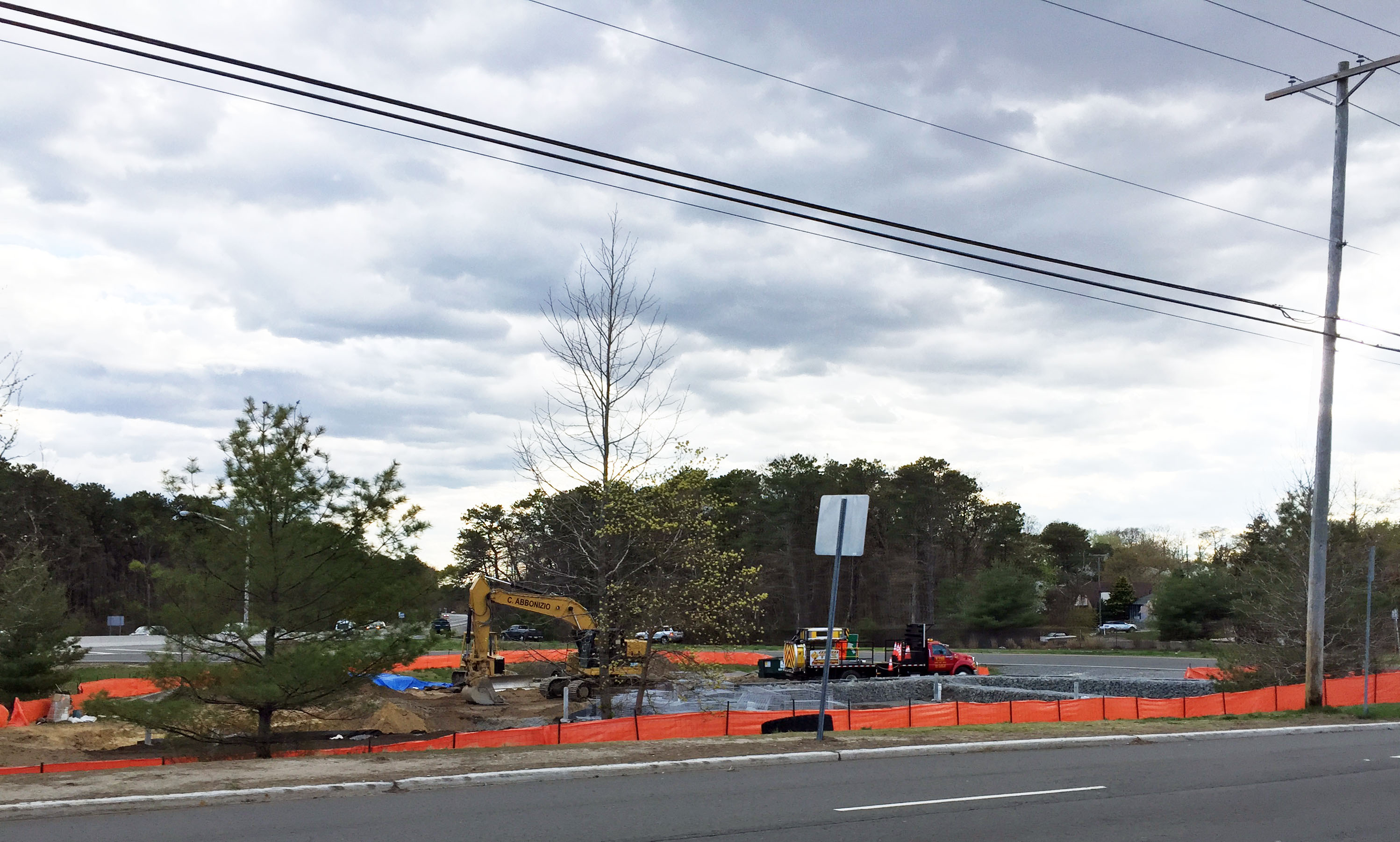 A drainage basin at Route 70 and Herbertsville Road in Brick under retrofitting construction. (Photo: Daniel Nee)
