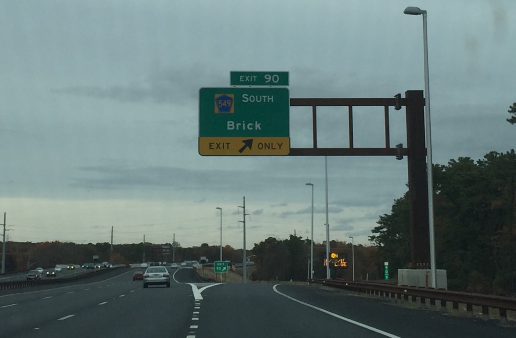 Exit 90, Garden State Parkway (Photo: Daniel Nee)