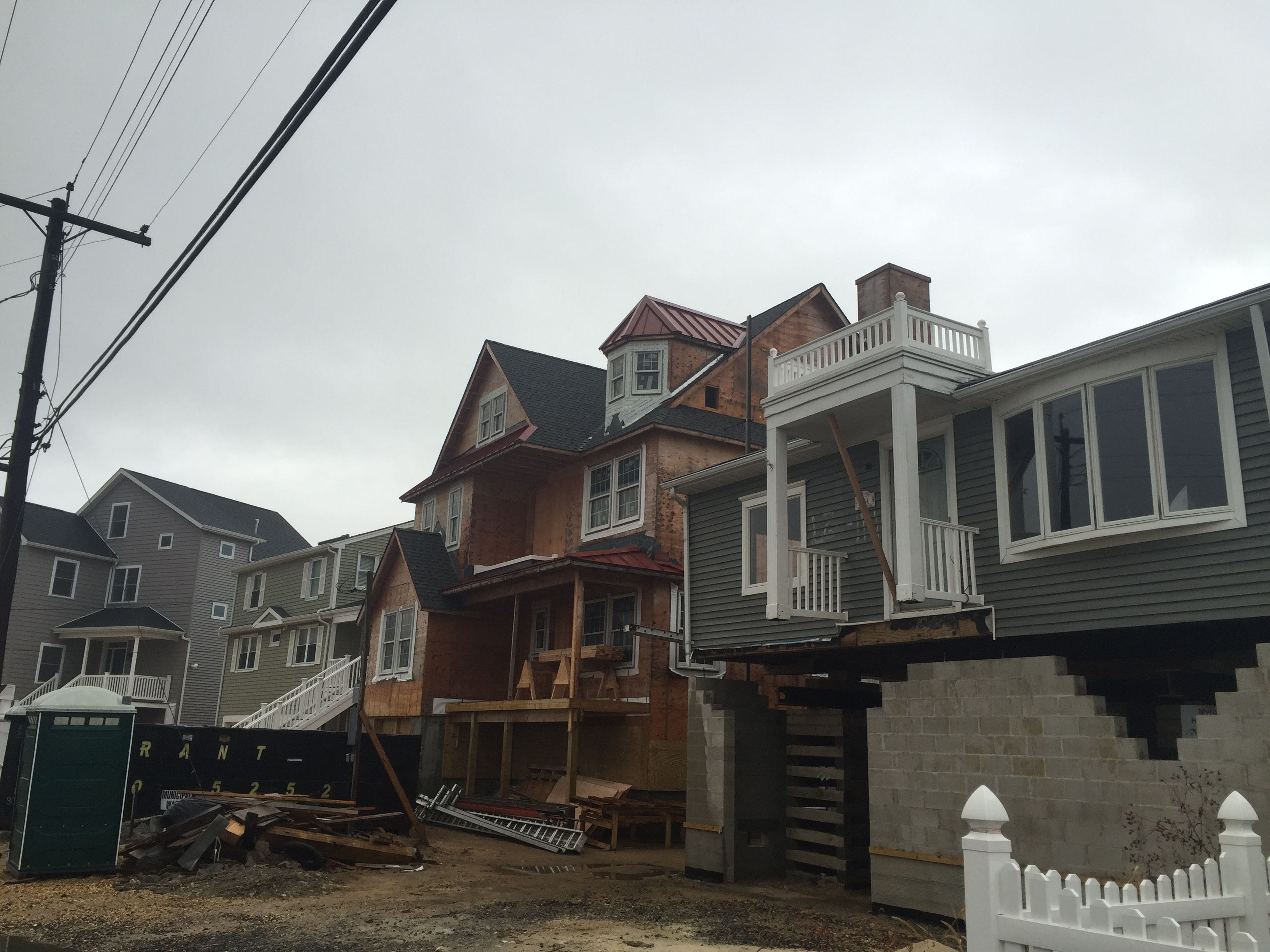 Rebuilding in Brick's Normandy Beach neighborhood, Oct. 28, 2015. (Photo: Daniel Nee)