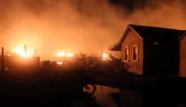 Video showing the fire in Camp Osborn during Superstorm Sandy. (Credit: Robert Raia/Ultra Noticias/Youtube)