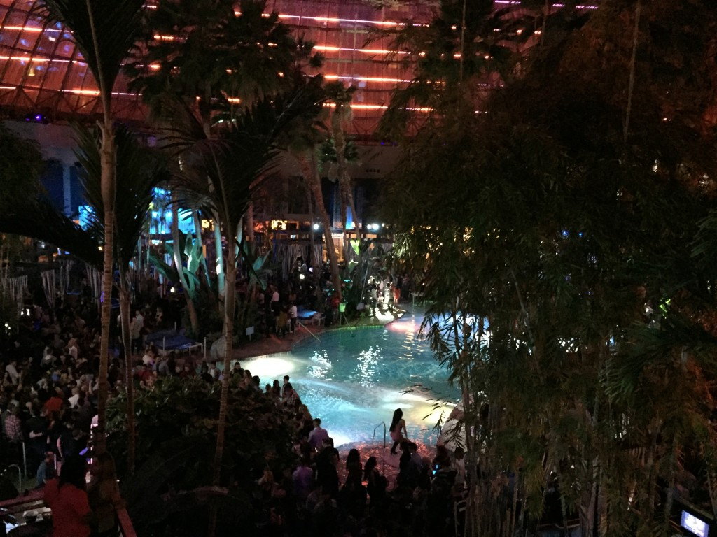 The Pool After Dark, Harrah's, Atlantic City (Photo: Daniel Nee)