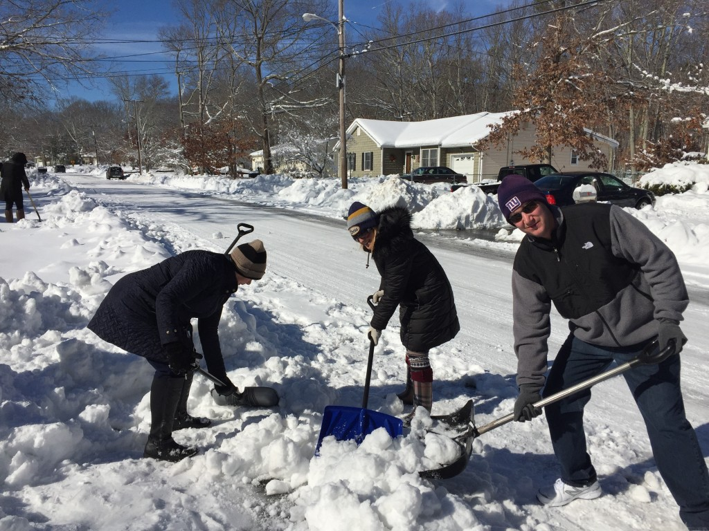 Local residents dig out of a snowstorm that dumped 20 inches on Ocean County. (Photo: Daniel Nee)