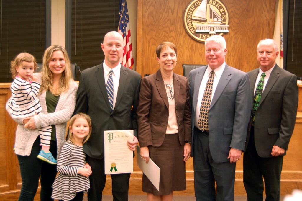 Dan Santaniello and family, alongside Councilwoman Andrea Zapcic, Mayor John Ducey and Council President Paul Mummolo (Photo: Daniel Nee)