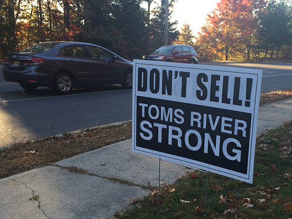 An anti-canvassing sign in Toms River. (Courtesy: Micromedia Publications)