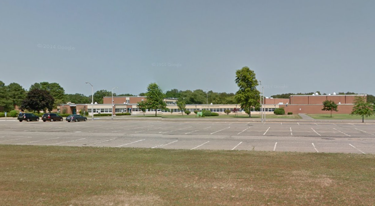 Lake Riviera Middle School (Credit: Google Maps)