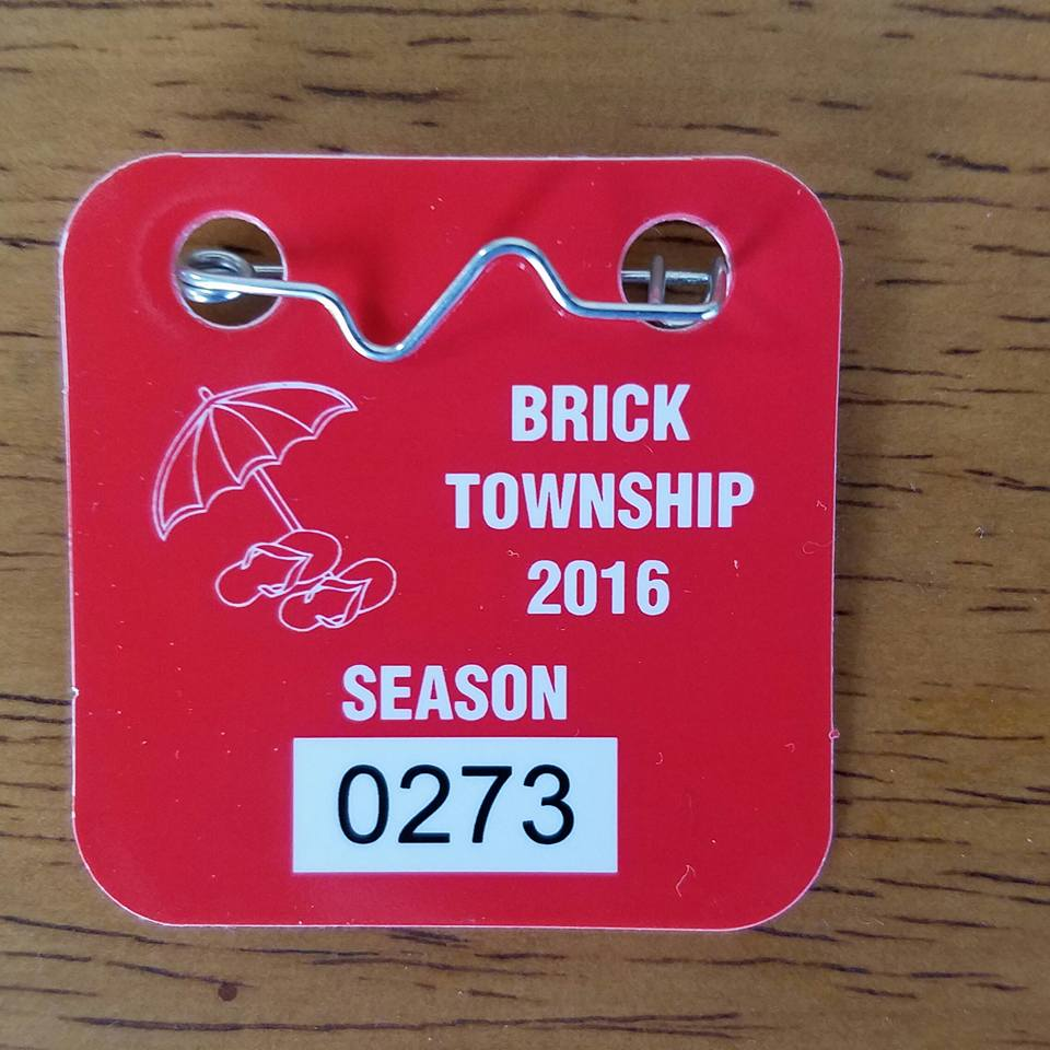 A 2016 Brick beach badge. (Photo: Brick Beaches Neighborhood Network/ Facebook)