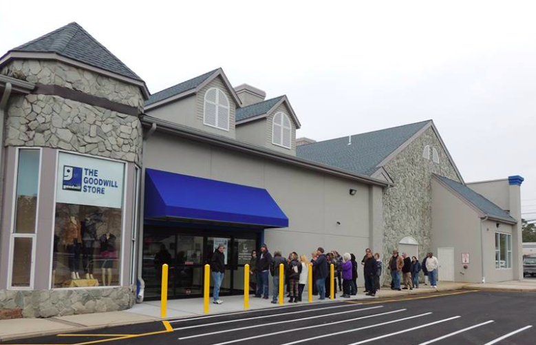 A line of customers outside the Goodwill store in Brick. (Photo: Goodwill of Southern New Jersey and Philadelphia)
