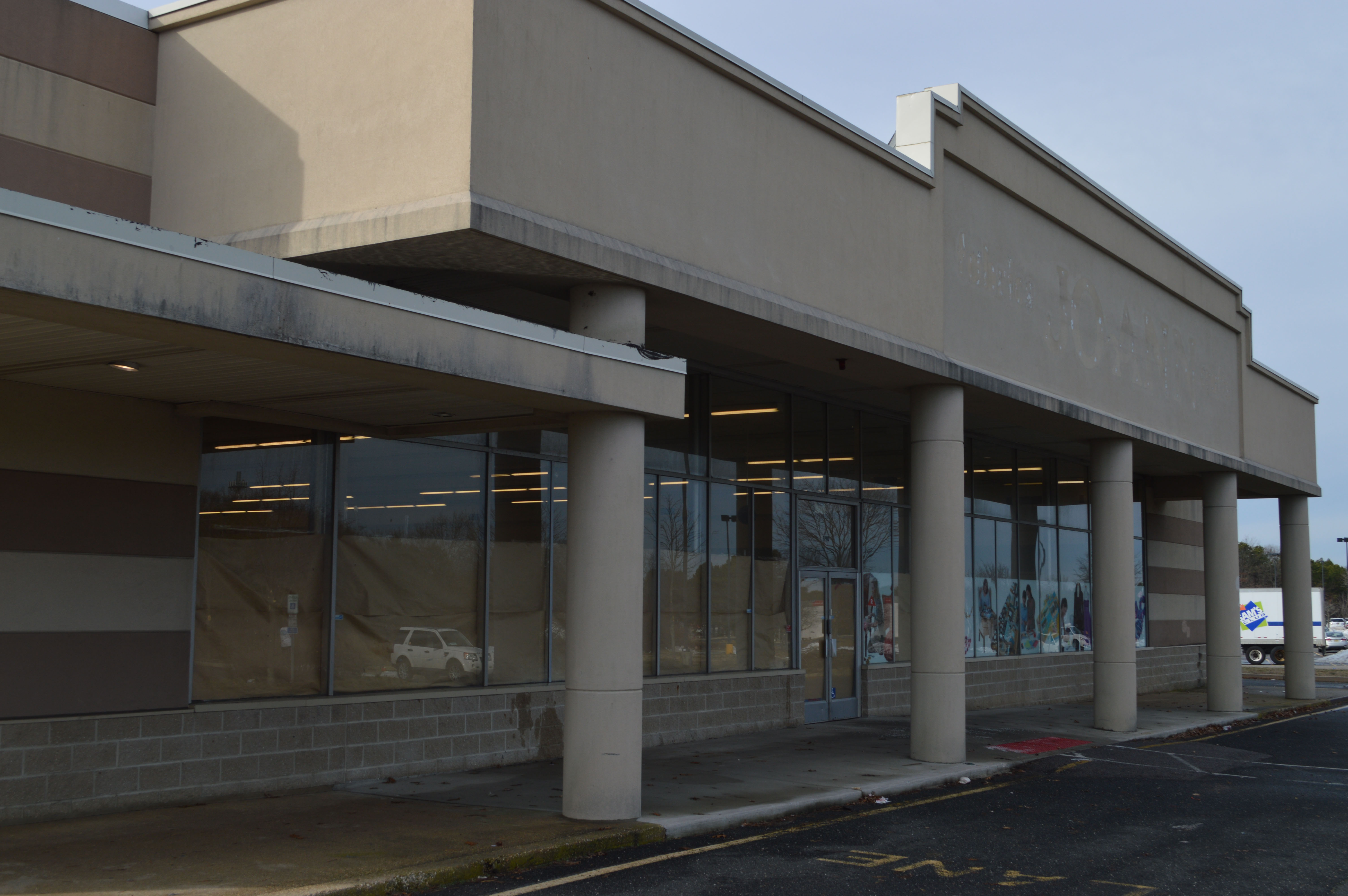 New Store Set To Occupy Former Jo Ann Fabrics Building