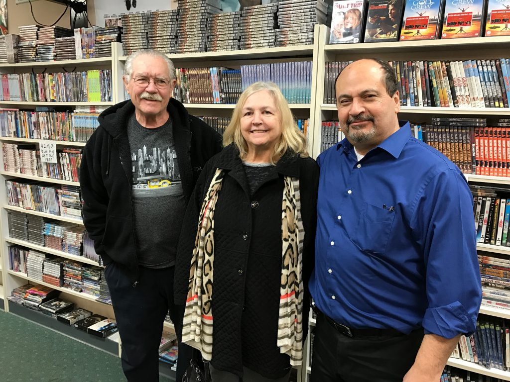 Bob Karpodinis (right) with customers Faith and Roger Yourth, of Brick. (Photo: Daniel Nee)