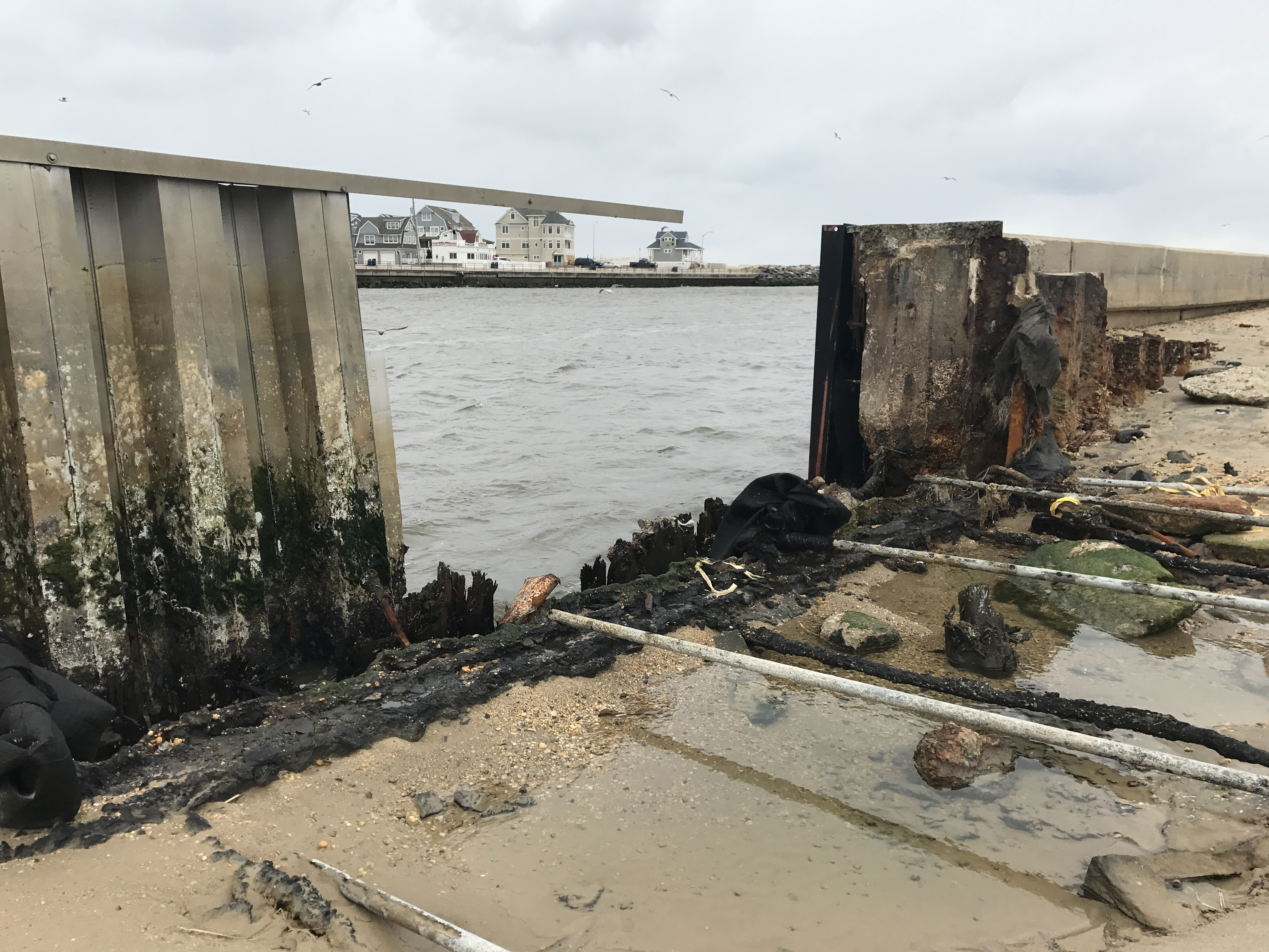 Storm blew hole in manasquan inlet bulkhead fishing off for Manasquan inlet fishing