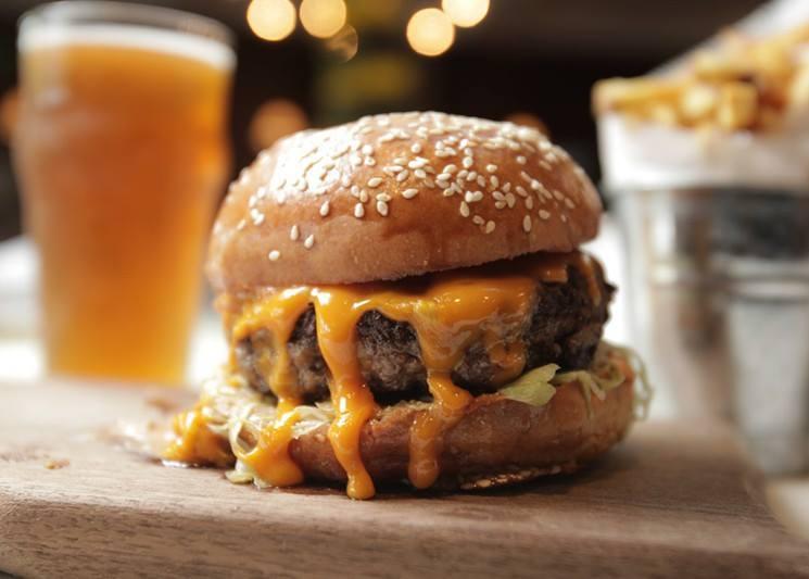 A burger from Beacon 70, Brick, NJ. (Photo: Beacon 70)