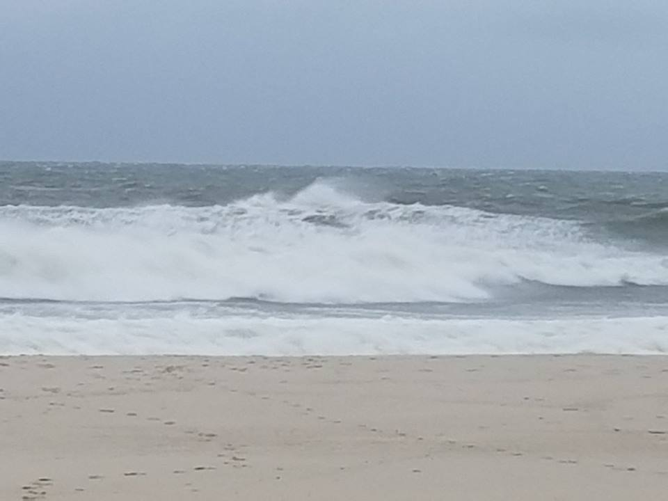 Rough surf spurred by Hurricane Jose, Seaside Heights, N.J., Sept. 19, 2017. (Photo: Daniel Nee)