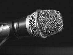 Comedy club microphone. (Photo: Terry Ross/Flickr)