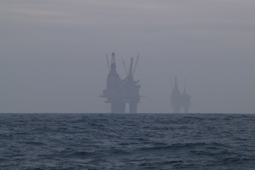 Oil rigs in the North Sea. (Photo: tjodolv/ Flickr)