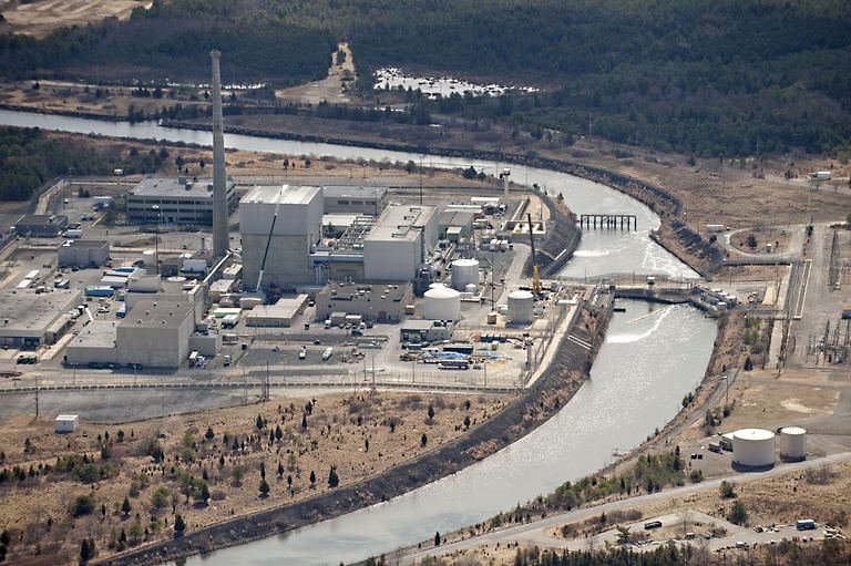 Oyster Creek Generating Station. (Photo: Phys.org)