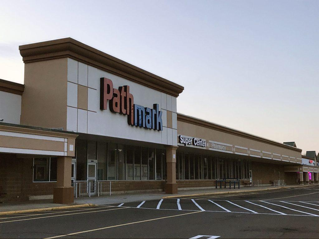 The former Pathmark store in Brick, N.J., Feb. 2018. (Photo: Daniel Nee)