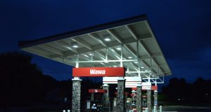 Gas station (Flickr)