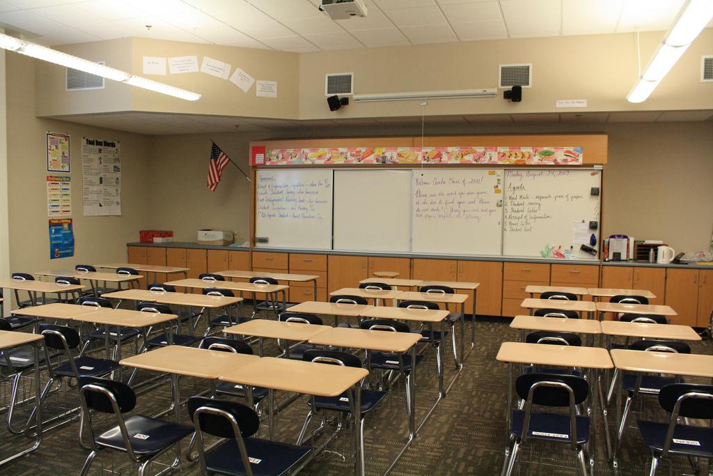 Classroom. (Credit: xMizLitx/ Flickr)