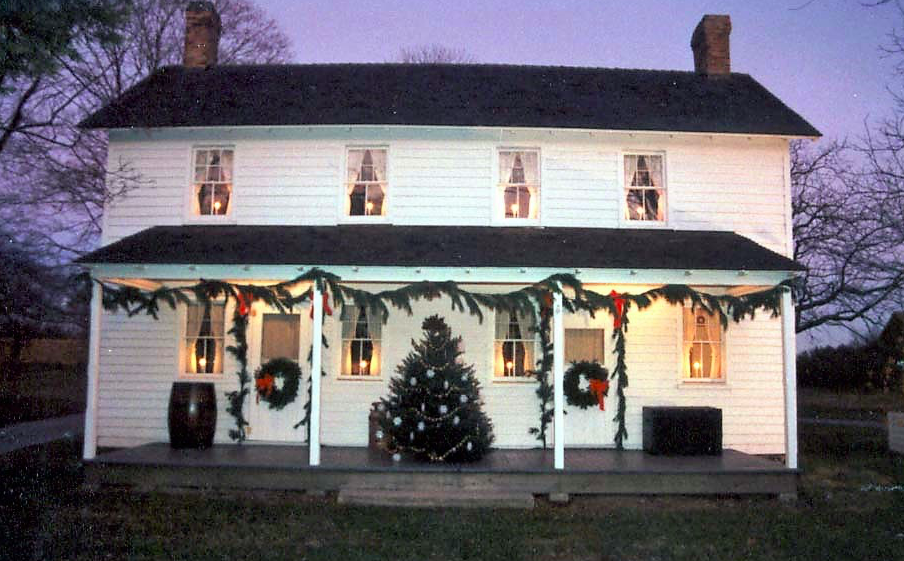 Brick's Havens Homestead museum, decked out for Christmas. (File Photo)