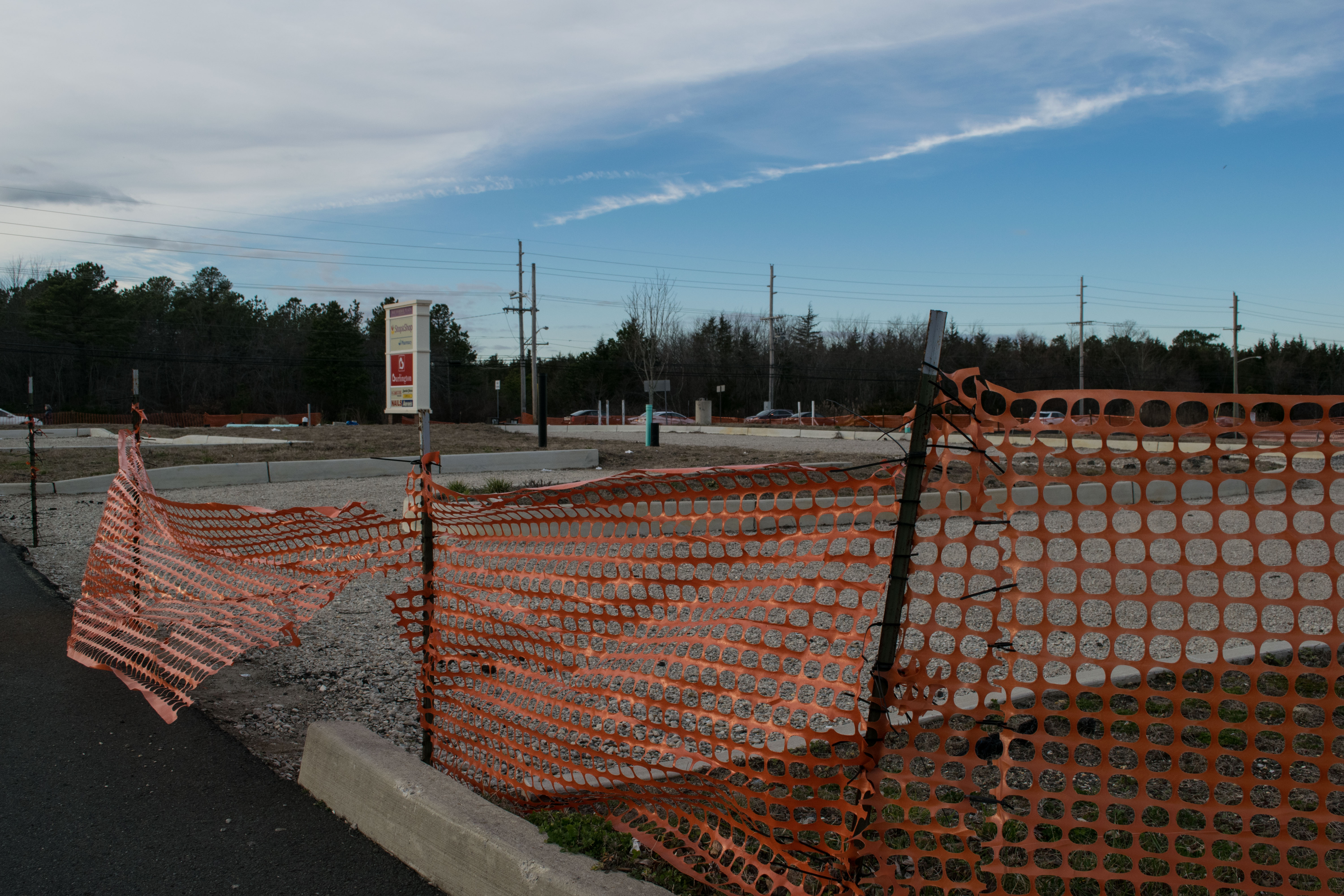 A pad site at the Bay Harbor shopping center in Brick where a Hardee's restaurant had been proposed. (Photo: Daniel Nee)