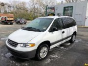The minivan being donated by Joe's Towing & Auto. (Photo: Joe's Towing & Auto)