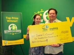 Damon Cherico and Shayna Flanders of Brick. (Photo: NJ Lottery)