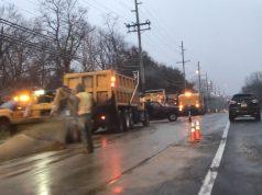 Traffic slows as drainage work closes one side of Herbertsville Road, Feb. 25, 2020. (Photo: Daniel Nee)