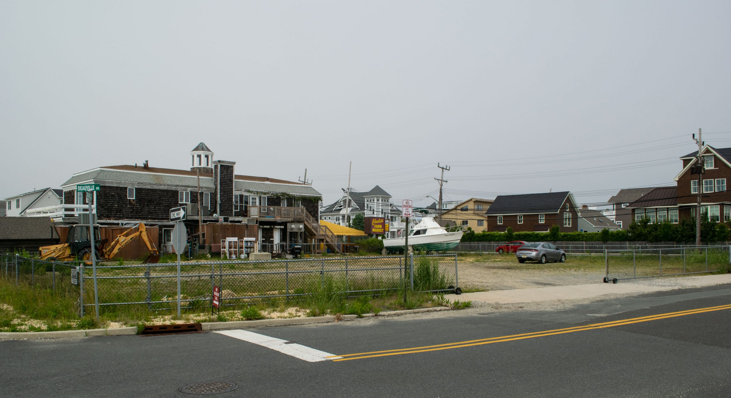 The Brick planning board approved the construction of three new homes along Route 35, June 2020. (Photo: Daniel Nee)