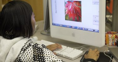 A student works remotely at her computer. (Credit: US Dept. of Education/ Flickr)