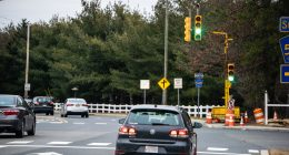 A temporary traffic signal device on Lanes Mill Road in Brick, Jan. 2021. (Photo: Daniel Nee)