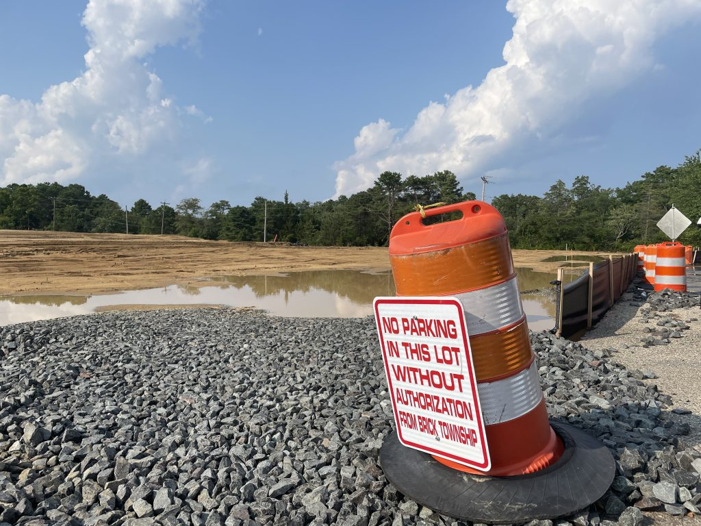 Construction begins at the former Foodtown lot in Brick Township, Aug. 2021. (Photo: Daniel Nee)